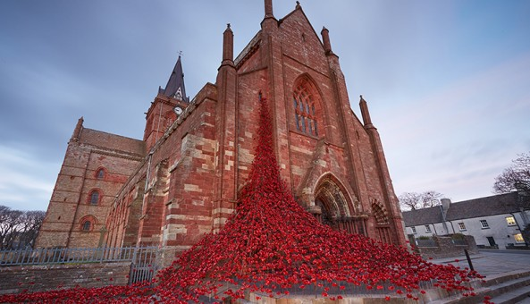 POPPY SCULPTURE OPENS AT ST MAGNUS CATHEDRAL IN ORKNEY