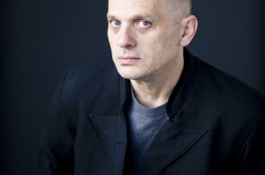 Memorial Ground composer David Lang. Photo by Peter Serling